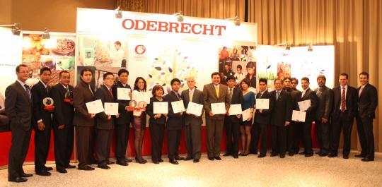 """Ganadores de la segunda edición del """"Premio Odebrecht para el Desarrollo Sostenible"""" fueron premiados en emotiva ceremonia"""