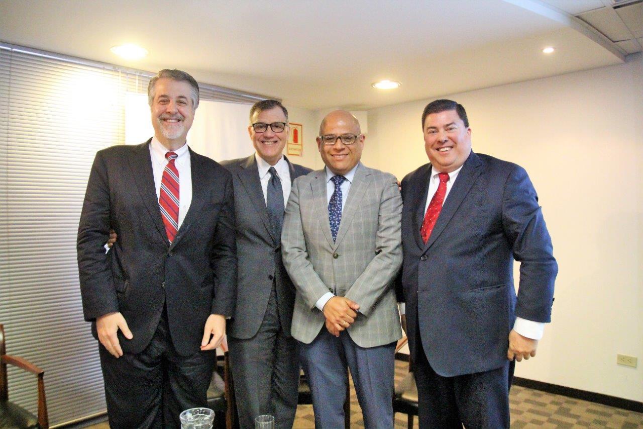 DEBATEN SOBRE JURISDICCIÓN Y COMPETENCIA DE TRIBUNALES EXTRANJEROS EN CASOS PERUANOS